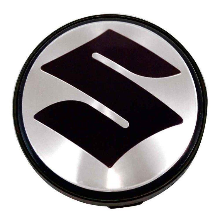 Купить заглушка ступицы Suzuki для дисков КИК Рапид 63/55/6 стальной стикер в Санкт-Петербурге, продажа в интернет-магазине